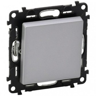 One-way switch Valena Life-10 AX 250 V~ - with cover plate-aluminium. To be equipped with plates.Supplied with mounted dust protection transparent shield.After clipping in the rocker,all LED lamps light up blue.Flowpack packaging: robust protect.